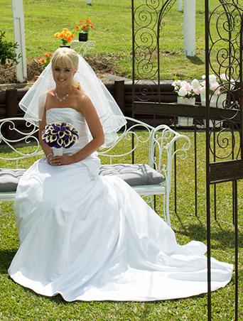 Amanda Beeston, Wedding Dress shops Auckland