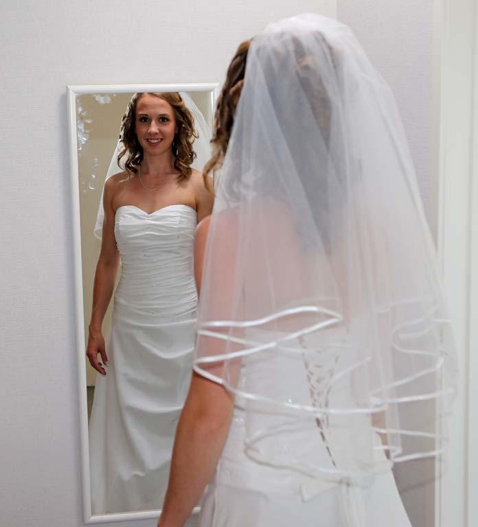 Laura Watkin Wedding dresses Auckland