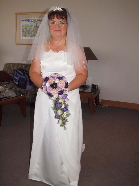 Leanne Dewson bridal shops Auckland