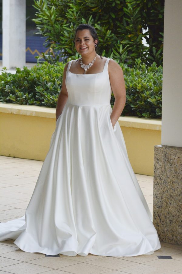 Roz La Kelin Bridal - Wedding gown Blanca - Satin A-line gown with a square neckline, sheer back detail and buttons down center back - Front view