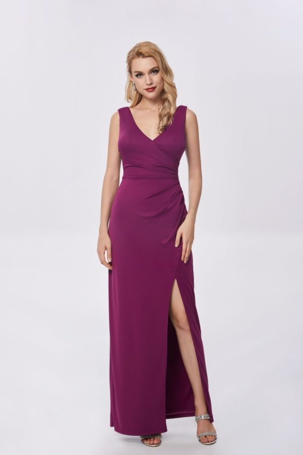 Ballgown style MB1478 Fitted gown with v-neck and high split in skirt